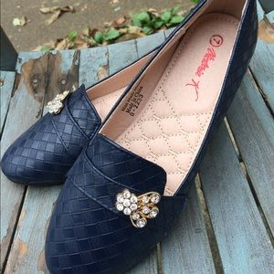 Victoria K Navy Blue Jeweled Flats Shoes 7M NWOT